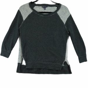 American eagle small grey crew neck sweater